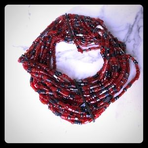 Jewelry - Red and black stretchy small beaded bracelet